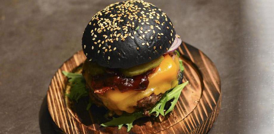 OG Burger by Vincent Boccara ©HugoMercier