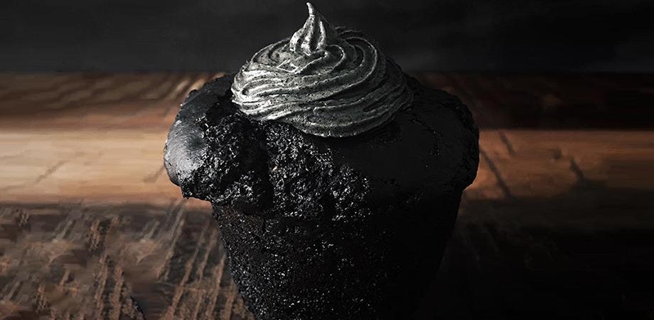 Black tahini et cocoa cupcake ©theindigokitchen / Instagram