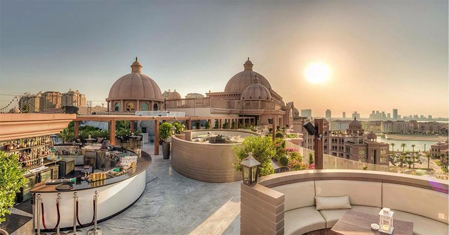 illusion-qatar-price-luxe-hotel-palace-voyage-versailles
