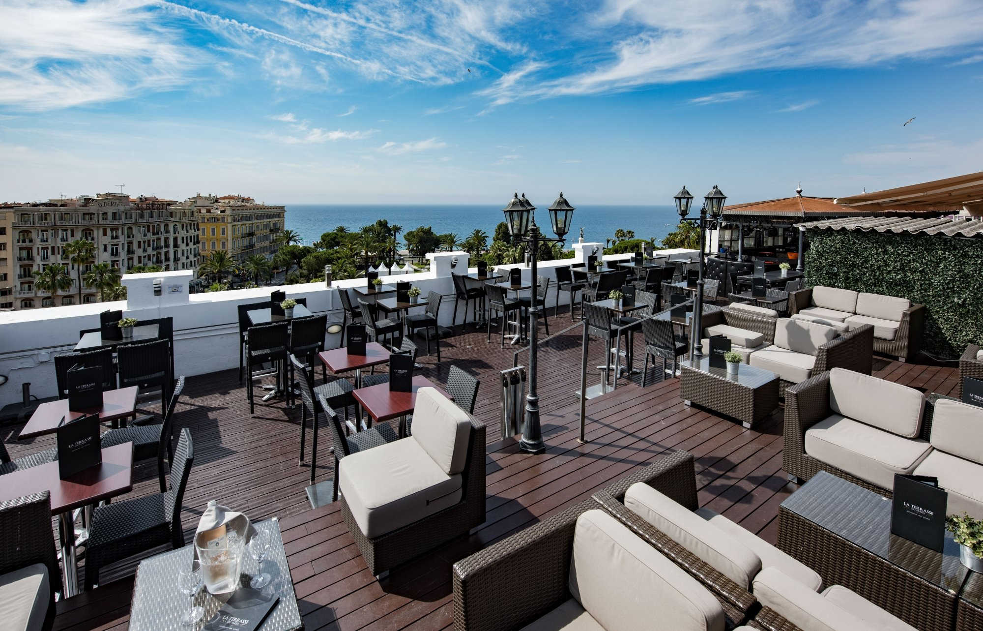 rooftop-terrasse-plaza-hotel-luxe-nice