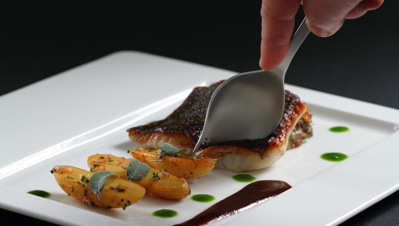 georgette-couvert-ustensile-innovant-gastronomie-ducasse-darroze