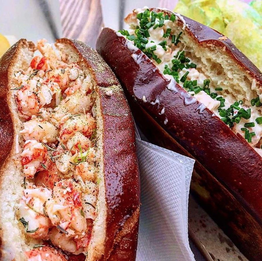 homer-bhv-marais-paris-restaurant-lobster-roll-homard