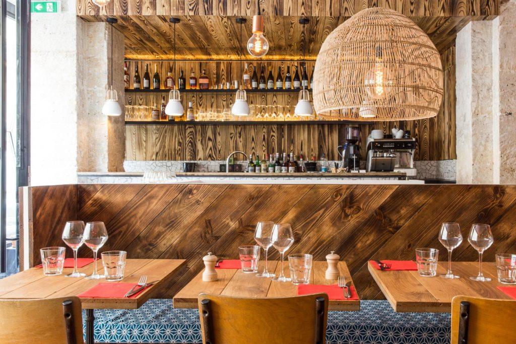 les-pinces-paris-restaurant-lobster-roll-homard