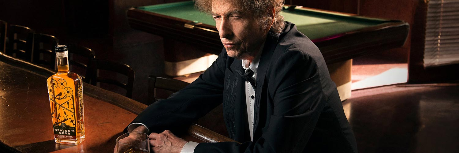 "Bob Dylan launches his whiskey ""Heavens' Door"""
