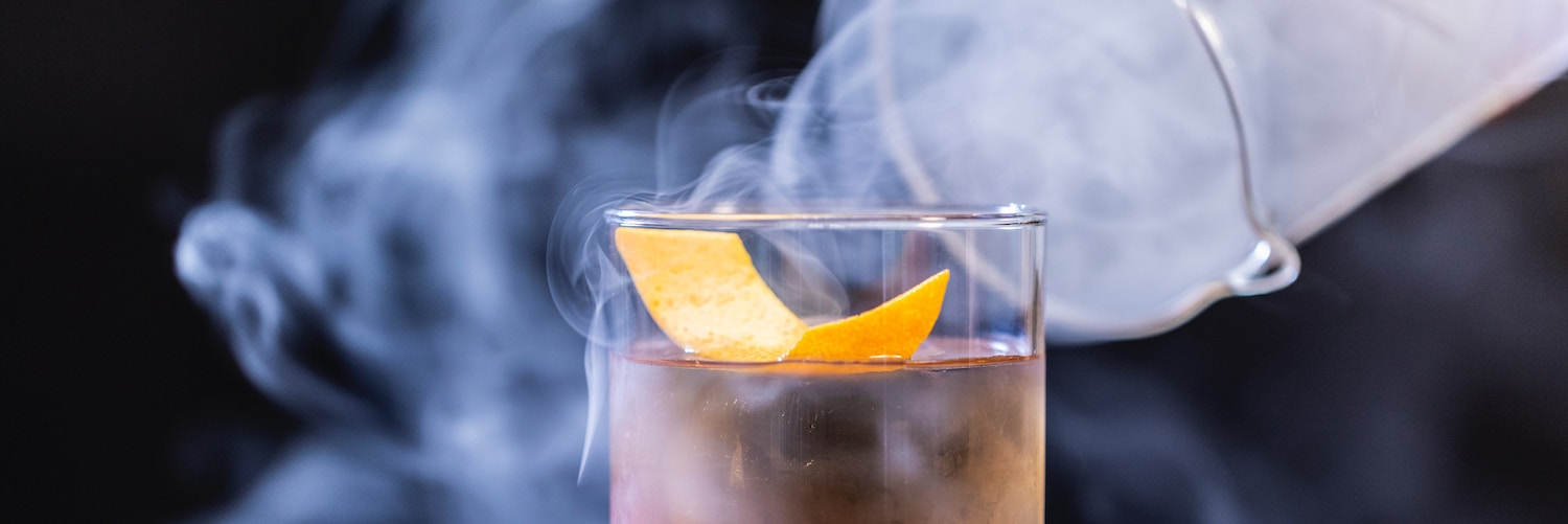 The new hidden cocktail bar that bewitches us